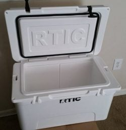 RTIC Cooler Review – A Comprehensive Look and Comparison vs Yeti