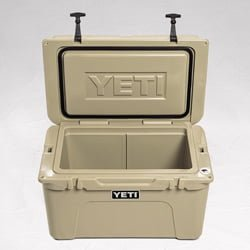 Powersport cooler yeti tundra