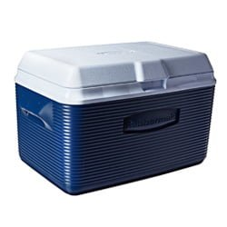rubbermaid 34qt Cooler