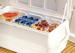 rubbermaid coolers review