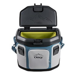 Otterbox Trooper 20 quart wide open lid