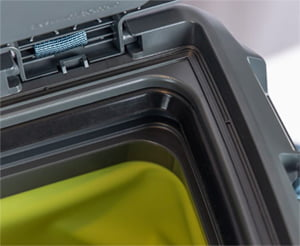 otterbox trooper hard liner lid